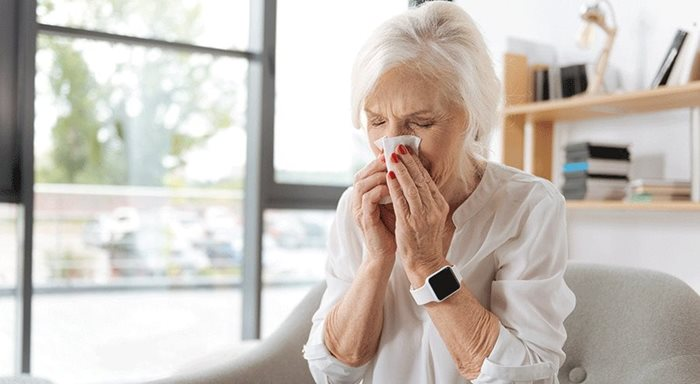 Keeping Caregivers and Seniors Healthy During Cold and Flu Season