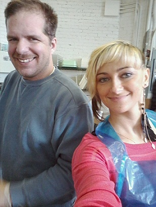 TBI Recovery Patients Jeff and Amanda Learn Skills and Socialize at The Freedom Center