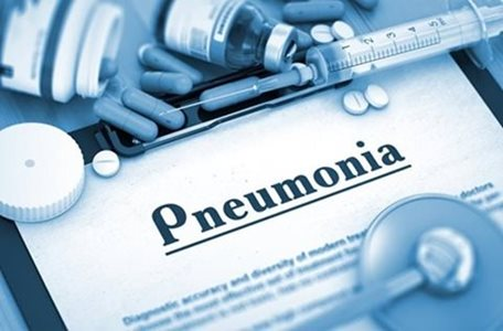 What Are the Best Ways to Help Your Elderly Loved One Avoid Pneumonia?