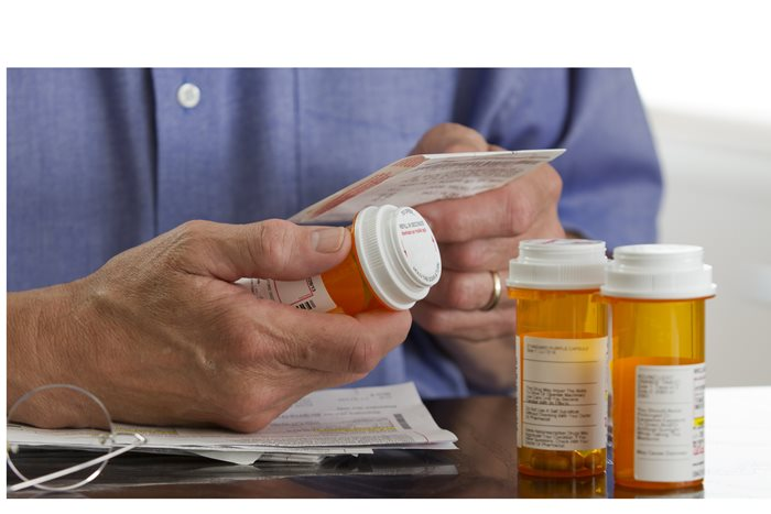 'Deprescribing' in Seniors: Is Mom or Dad Taking Too Many Meds?
