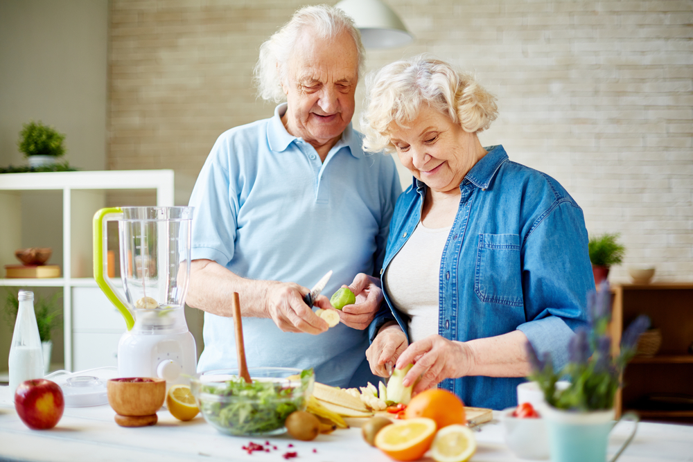 8 Dietary Tips for Improving Senior Heart Health